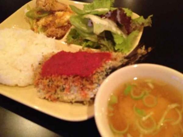 イワシの香草パン粉焼き定食